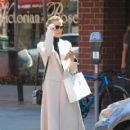 Jaime King takes a shopping trip on September 3, 2015 - 419 x 600