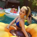 Sammi Hanratty – Social Media pics
