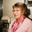 Helen Reddy - 333 x 500
