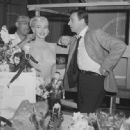 Marilyn Monroe and Yves Montand - 454 x 448
