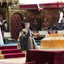 Game of Thrones- Season 4, Episode 2: The Lion and the Rose (2014) - 454 x 302