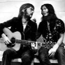 Eric Clapton and Yvonne Elliman - 400 x 325