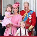 Prince Windsor and Kate Middleton : Trooping the Colour 2017 - 454 x 557