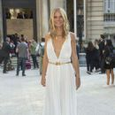 Gwyneth Paltrow – Arrives at Valentino Haute Couture Show in Paris