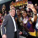 Avengers: Infinity War (2018) - 454 x 382