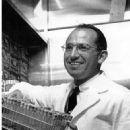 Jonas Salk - 453 x 586