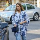 Jessica Alba – Out for lunch in Beverly Hills