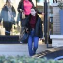 Emilia Clarke – Shopping at Barneys New York Department Store in New York City 03/02/2019 - 454 x 303