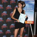 Shailene Woodley - Planet Hollywood On June 29, 2009 In New York City