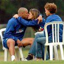 Ronaldo and Daniela Cicarelli - 400 x 375