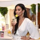 Shay Mitchell – Biore Limited Edition Citrus Crush Pore Strips Launch in New York