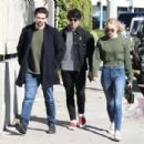 Sophie Turner and Joe Jonas Spotted – House hunting in Los Angeles