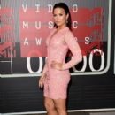 Demi Lovato At The 2015 MTV Video Music Awards - Arrivals - 420 x 600