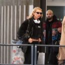 Stella Maxwell – Arrives at Charles de Gaulle Airport in Paris