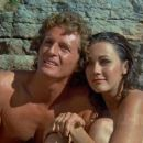 Bobbie Jo and the Outlaw - Lynda Carter - 454 x 255