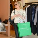 Ashlee Simpson – Shopping in Beverly Hills - 454 x 680