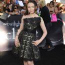 Jodelle Ferland at the Twilight Eclipse premiere in LA 2010 - 454 x 666