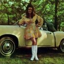 Jeannie C. Riley - 454 x 407