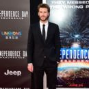 Liam Hemsworth- June 20, 2016- Premiere of 20th Century Fox's 'Independence Day: Resurgence' - Arrivals - 399 x 600