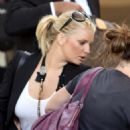 Jessica Simpson - LAX Airport In Los Angeles, 2009-06-13