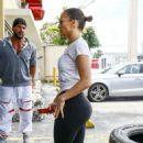 Jennifer Lopez in Spandex at a Gym in Miami - 454 x 716