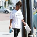 Jaden Smith is spotted shopping on Melrose in Los Angeles, California with a friend on October 14, 2016 - 430 x 600