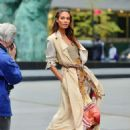 Joan Smalls – Doing a photoshoot in New York - 454 x 623