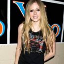 Avril Lavigne: Y100 Jingle Ball!