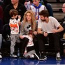 Shakira and Gerard Pique Attend The New York Knicks Vs Philadelphia 76ers Game - 454 x 393
