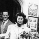 Mario Cabre and Ava Gardner - 454 x 540