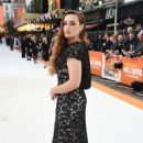 Katherine Langford – 'Once Upon a Time in Hollywood' Premiere in London - 454 x 682
