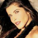 Adriana Catano - 320 x 240