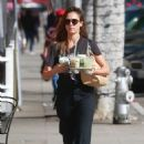 Jessica Alba – Seen at Picking up drinks in Beverly Hills