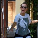 Jennifer Love Hewitt - Arrives At Home In Los Angeles After A Trip To New York City, 2009-05-28