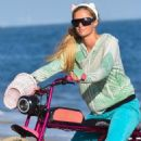 Paris Hilton – Goes for a cruise along the Malibu sands, Malibu