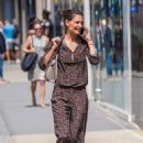 Katie Holmes shopping on Madison Ave in NYC - 454 x 681