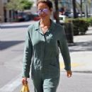 Brooke Burke leaves a salon in Beverly Hills, California on April 25, 2016 - 323 x 600