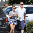 Reese Witherspoon is seen going to the market with husband Jim Toth in Los Angeles, California on June 19, 2016 - 454 x 588