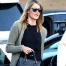 Laura Dern – Out and about in Los Angeles - 454 x 615