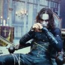 Publicity still of Brandon Lee in The Crow (1994) - 454 x 363
