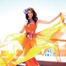Zeynep Beserler - Seninle Magazine Pictorial [Turkey] (August 2014) - 454 x 617