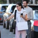 Courteney Cox in Pink Sweatpants – Shopping on Melrose Place in West Hollywood