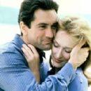Meryl Streep and Robert De Niro in Falling in Love (1984) - 284 x 426