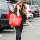 Sofia Vergara In Tights At A Gym In La