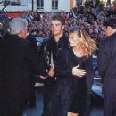 Robbie Williams and Jacqueline Hamilton-smith - 232 x 336