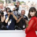 Stacy Martin – 'Redoutable' Photocall at 70th Cannes Film Festival - 454 x 303