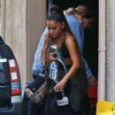 Ariana Grande – Leaving the dance studio in LA