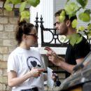 Daisy Ridley kiss with her boyfriend Tom Bateman in London - 454 x 636
