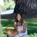 Minka Kelly takes her dog Fred to the park in Beverly Hills - 454 x 547