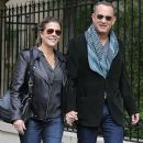 Rita Wilson and Tom Hanks: Paris walk